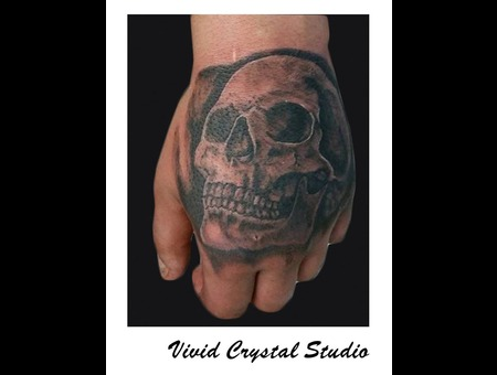 Handtattoo Skull Arm