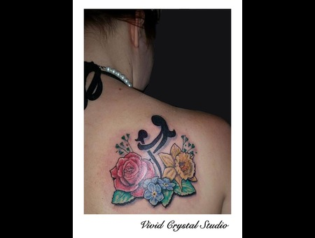 Family Flowers Shoulder