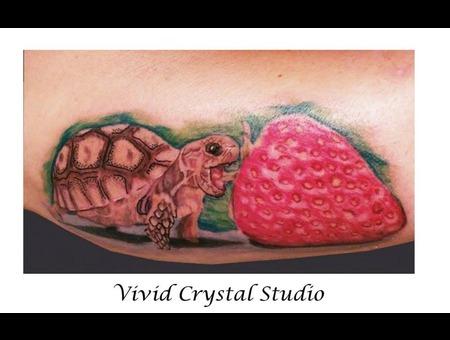 Boxturtle Tortoise Turtle Strawberry Realism Forearm