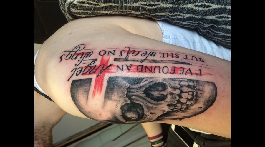 Trashpolka Skull Arm