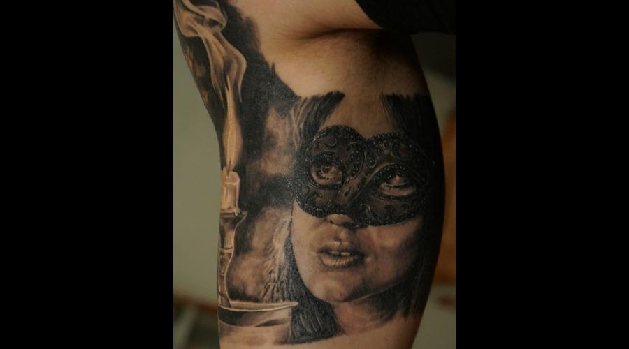 Face  Realism  Mask  Girl Black Grey Head