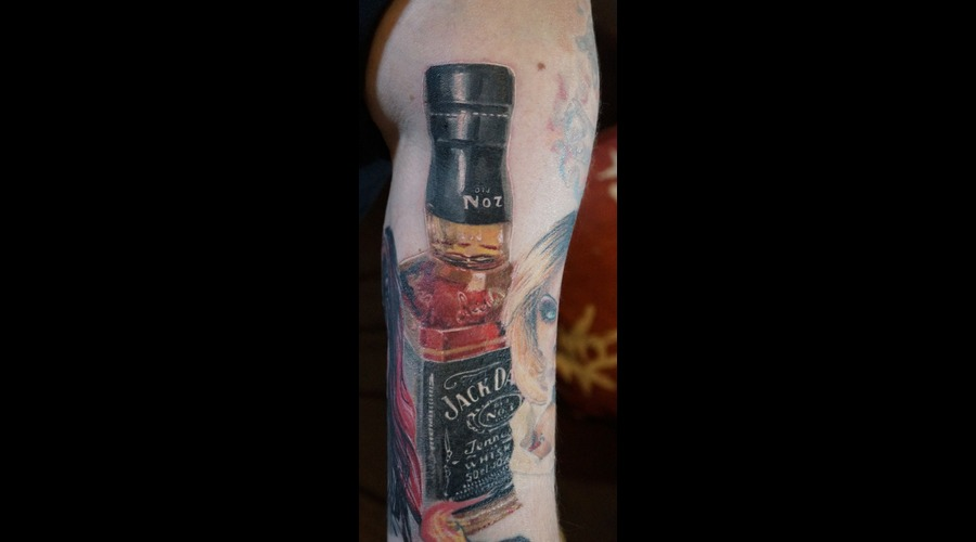 Realism  Jack Daniels  Jack Daniel's  Whiskey  Bottle  Alcohol Color Head