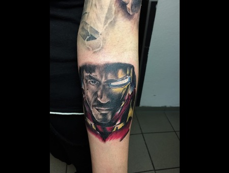 Realism Color Forearm