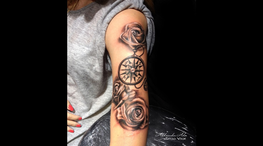Roses  Compass Shoulder