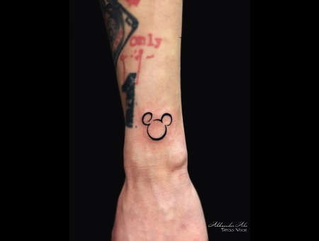 Symbol  Mickey Mouse  Disney  Cartoon Forearm