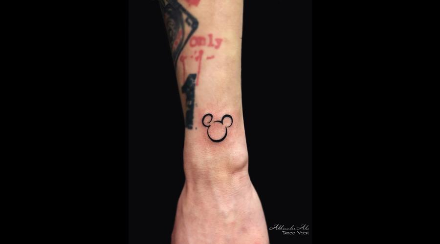Symbol  Mickey Mouse  Disney  Cartoon Forearm