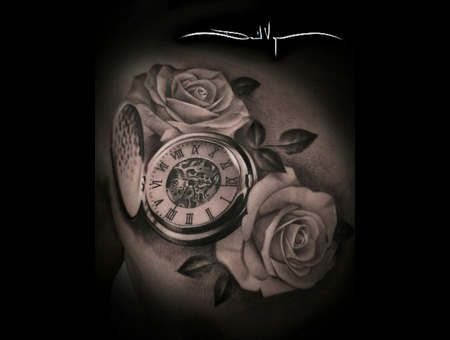 Black And Grey  Realistic  Roses  Pocket Watch Chest