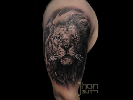 Realistic Lion Shoulder