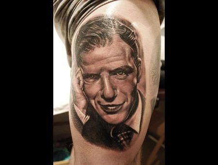 Portrait Realistic Black And Grey Frank Sinatra Thigh
