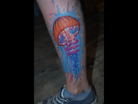 Jellyfish Splashes Colour Lower Leg