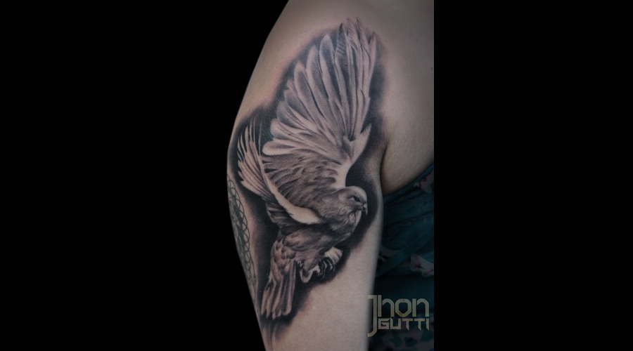 Dove Tattoo  Dove Flying. Shoulder