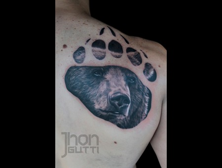 Bear Claw  Bear Portrait. Back