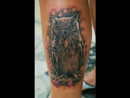 Owl Realistic Lower Leg