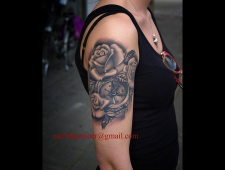 Compas  Rose  Black And Grey  Realistic  Realism  Arm