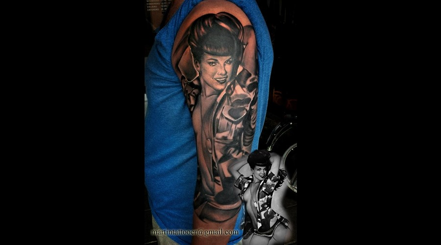 Realistic  Black And Grey  Betty Page  Portrait  Sexy  Pin Up Arm