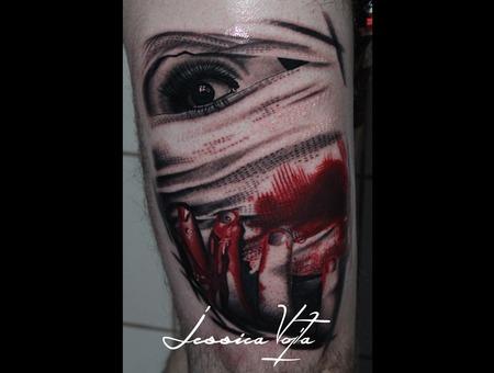 Woman  Bloody  Gauze Thigh