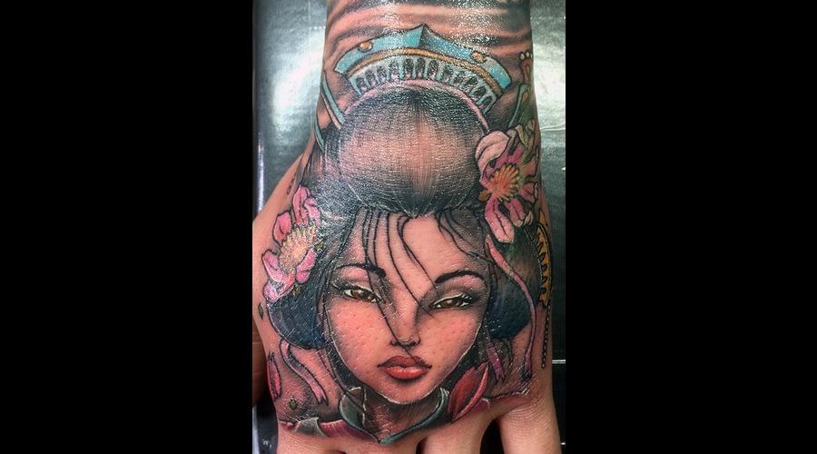 Geisha's Stare Color Forearm