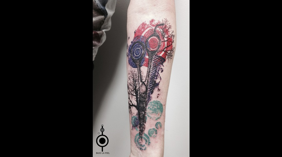 Bajo La Piel  Scissors Tattoo  Barber Tattoo Forearm