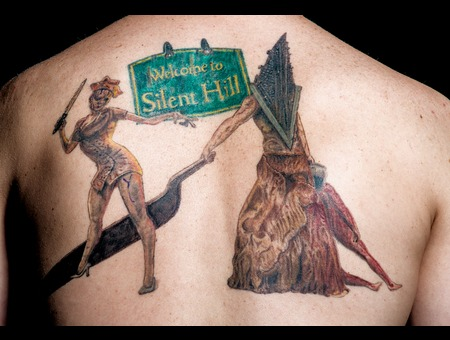 Silent Hill  Pyramidhead  Nurse Back