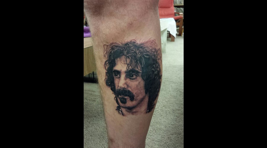 Portrait  Frank Zappa Lower Leg