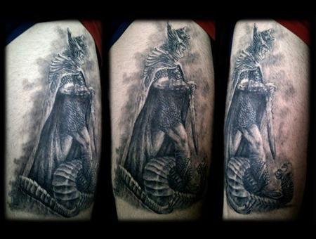 Knight  Skyrim Thigh