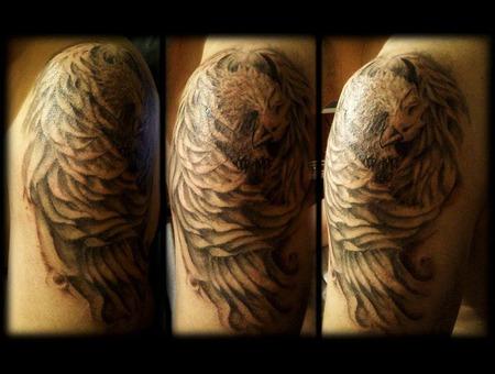 Phoenix  Shoulder Shoulder