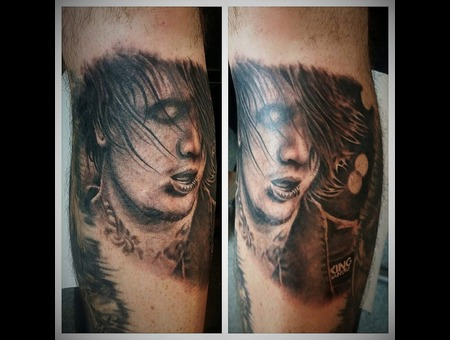 Ben Bruce Portrait Rockband Asking Alexandra Lower Leg