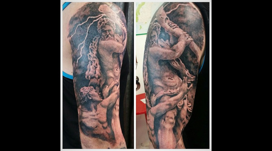 Hercules Statue Realisim Shoulder