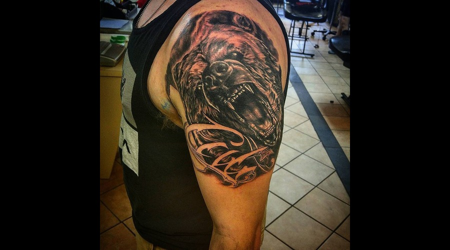 Black And Grey  Realism  Bear Arm