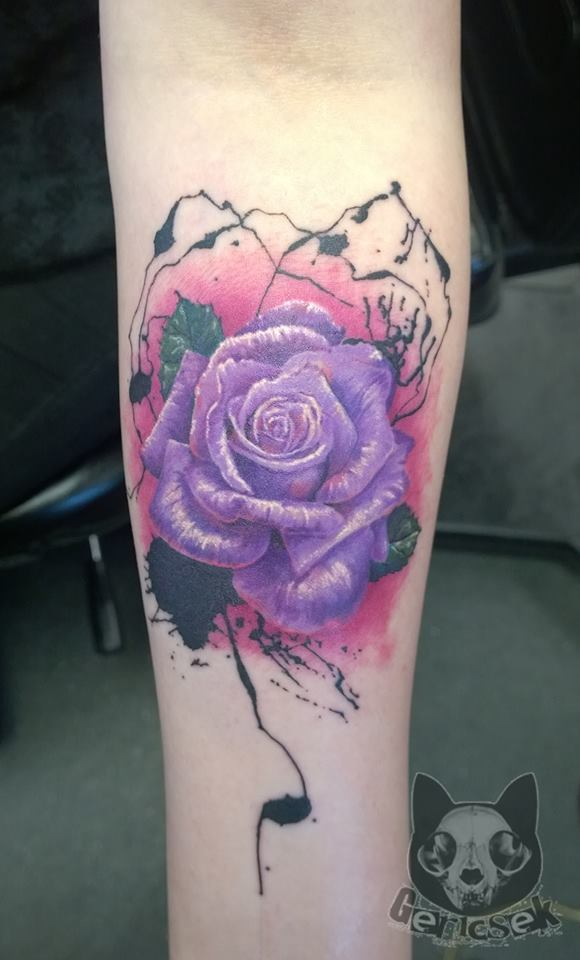 Gergely molnar certified artist for Abstract rose tattoo
