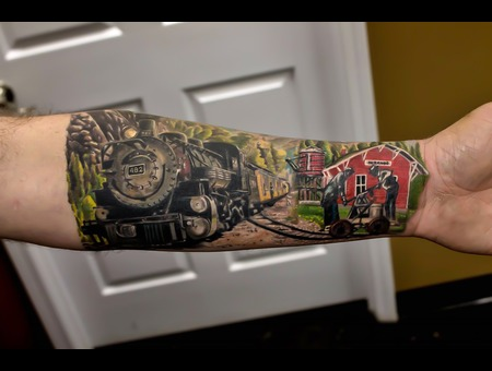 Train  Real  Realism  Color Arm