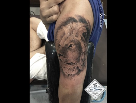 Realism Lion Portrait I Did With #Spektra #Halo Machine Arm