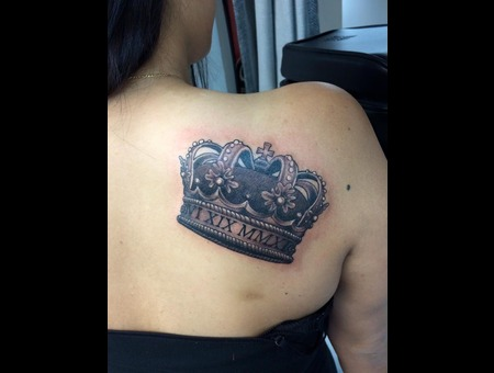 Custom  King  Crown Back