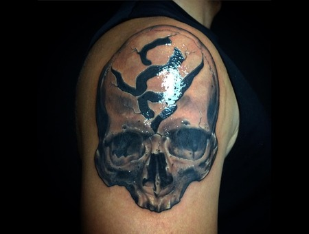Skull  Custom  V8 Shoulder