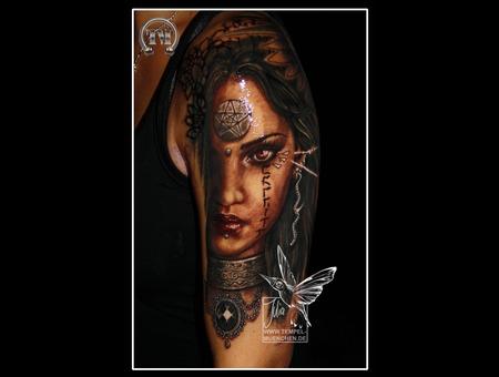 Mystique  Louis Royo  Amulet  Witch  Pentagram   Arm