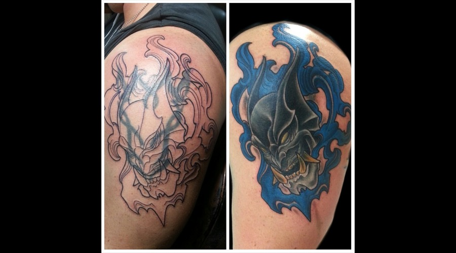 Batman  Coverup  Hanya Mask Shoulder