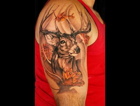 Deer  Buck  Maple Leaf Black Grey Shoulder