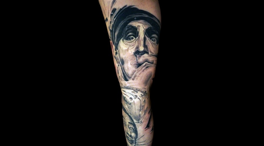 Salvador Dalí Black Grey Arm