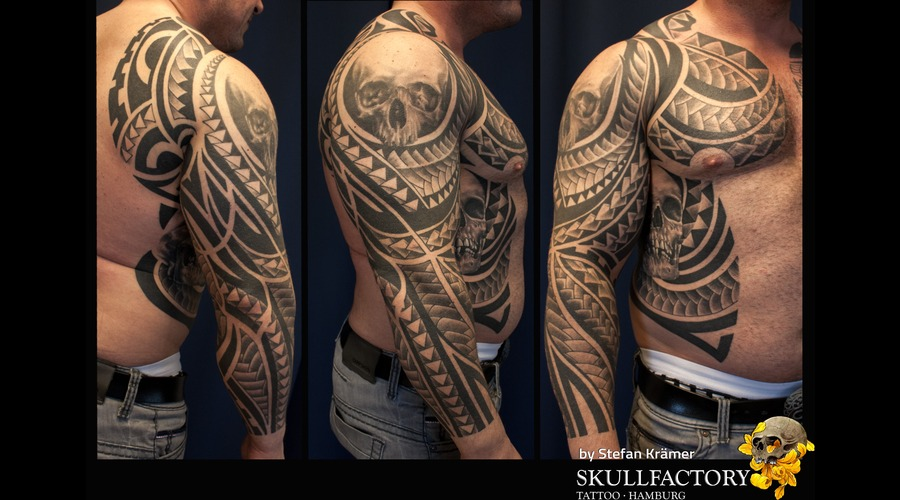 Maori  Tribal  Skull Black Grey Arm