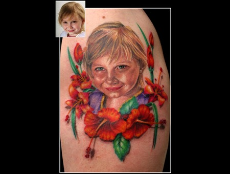 Missnico Portrait Hibiskus Flowers Armtattoo Colourtattoo Realistic Arm