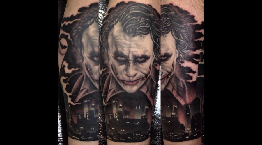 The Joker  Lower Leg