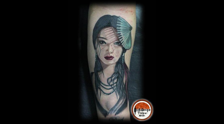 Realism  Geisha  Woman Forearm