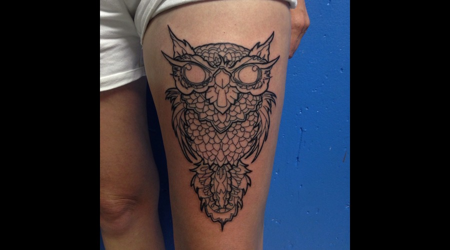 Owl  Lines Thigh
