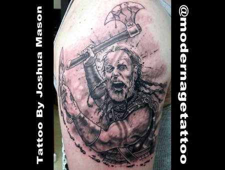 Blackandgrey  Blackandgreytattoo  Warriortattoo  Scottishtattoo  Vikingtatt
