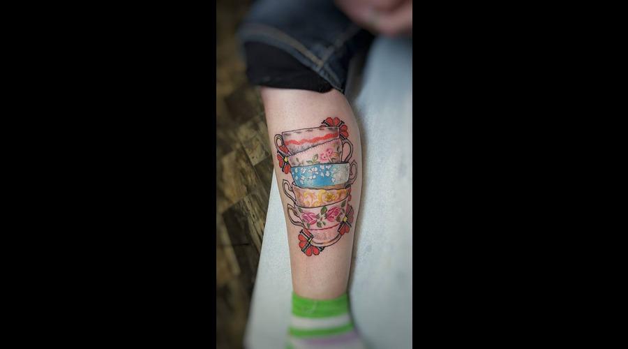 Realism. Tea Cup. Lower Leg