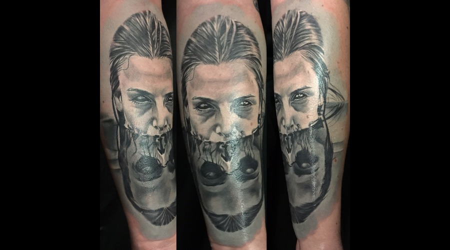 #Skull  Black Grey Forearm
