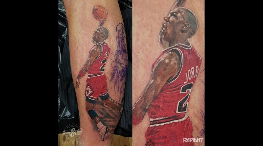 Portrait  Michael Jordan Lower Leg