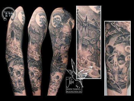 Gothic  Graveyard  Raven  Skull  Candle  Nosferatu Arm