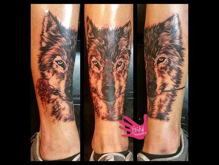Wolf  Realism  Watercolor  Artwork   Rose   Tattooist  Sydney  Aus   Color  Lower Leg