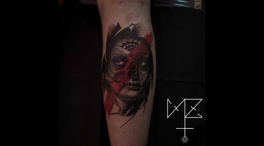 Muerte  Abstract Black Grey Lower Leg
